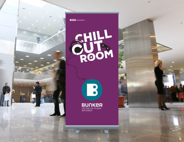 Bunker roll-up 'Chill out room'