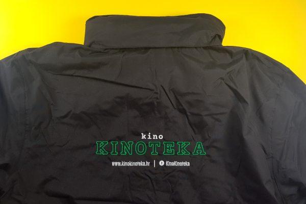 Štik na jaknama za Kino Kinoteka
