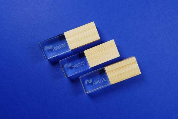 HROTE – USB prozirni